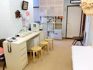 うえくさ小児科 処置室